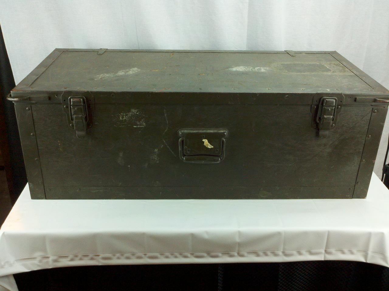 Vintage us army foot locker trunk storage box - Footlockers storage ...